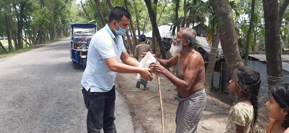 Generous works of humanity peddler Salah Uddin Tipu
